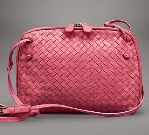 Маленькие сумки и браслеты от Боттега Венета (Bottega Veneta)